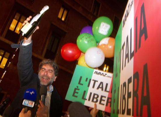 Festa per Berlusconi decaduto