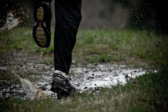 runner scarpe sporche