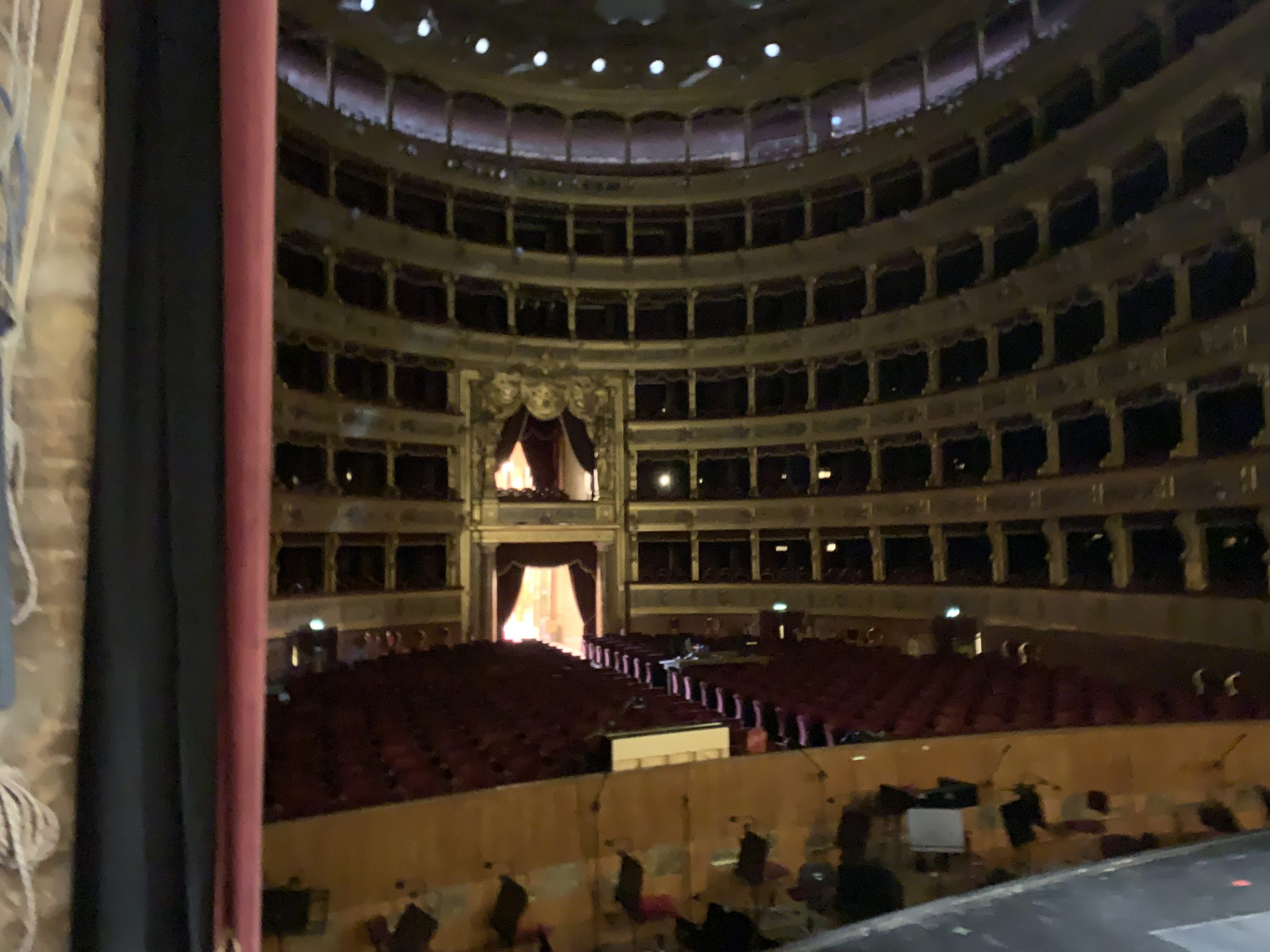 Teatro Massimo chiuso per Coronavirus